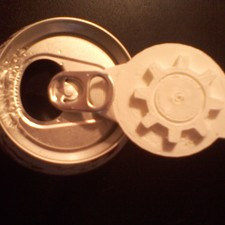 Gear keyring can opener and scrapper