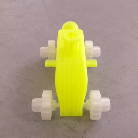 Balloon accelerated toy car
